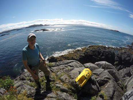 Setting traps in BC's beautiful central coast, as part of Hakai's 100 Islands Project